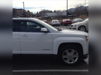 2011 GMC Terrain 2011 GMC TerrainI have chosen to list this vehicle on Blinker Blinker offers ma
