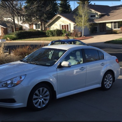 2012 Subaru Legacy 2012 Subaru LegacyI have chosen to list this vehicle on Blinker Blinker offer